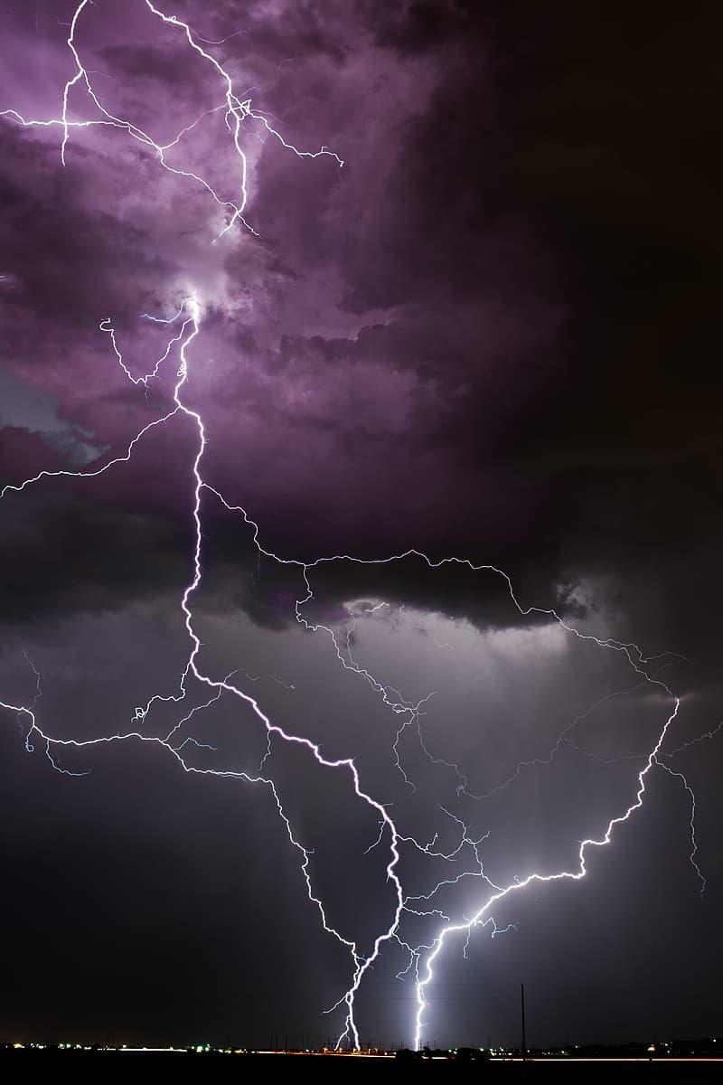 Lightning arc during night time